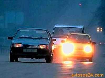 Жесты и сигналы с помощью которых общаются автомобилисты